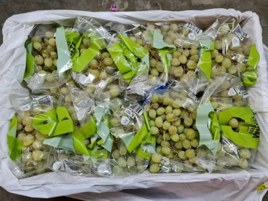 table grapes in box